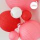 Lanterne baby blanche dans composition rouge petit coeur et rose blush