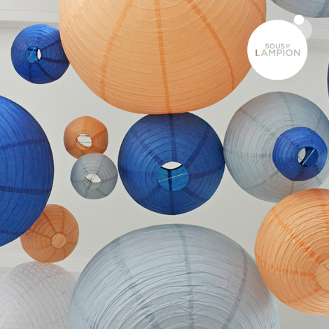 Paper lantern - 50cm - Feather blue