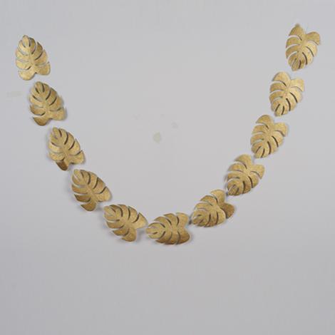 guirlande de feuilles dorées pour décorer Noël et les fêtes