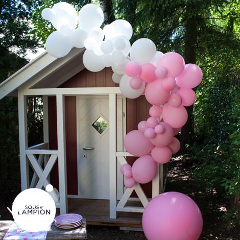 Guirlande de ballons pour décorer une fête d'enfants