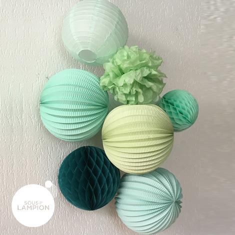 Lampion rond Mint macaron dans une composition