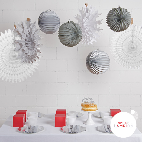White Christmas - set of 8 decorations