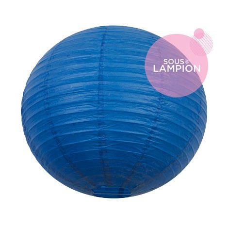 Grande lanterne en papier bleu vif pour une décoration de plafond de mariage ou deco maison