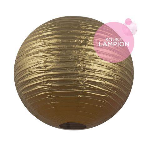 Très grande lanterne en papier doré pour une décoration de tente ou chapiteau de mariage