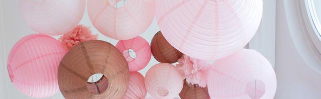 Ciel de lanternes rose cuivré