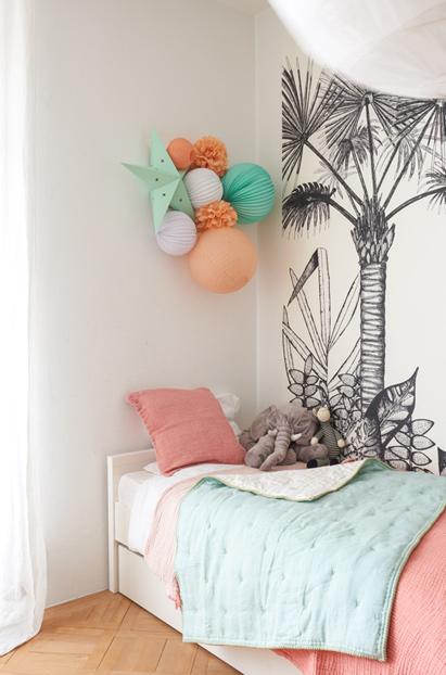 décoration mint et pêche chambre enfant