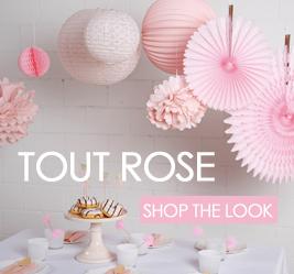 lot de décorations pour anniversaire rose