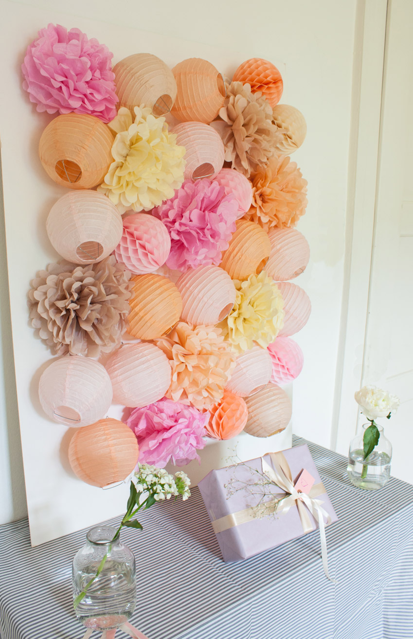 paper lantern dessert table decor