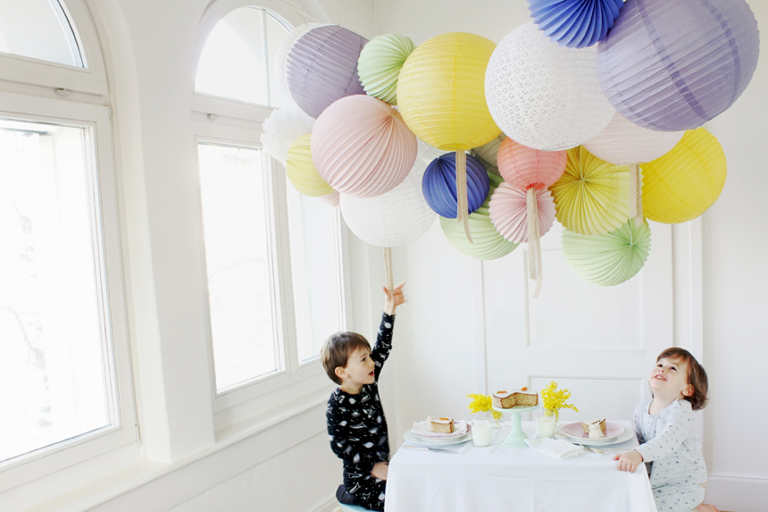 paper lanterns decor for a kids party