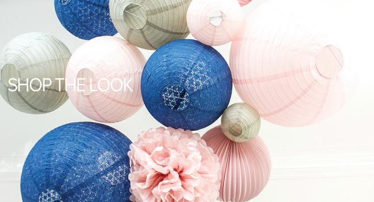 mariage bleu et rose lanternes et boules papier