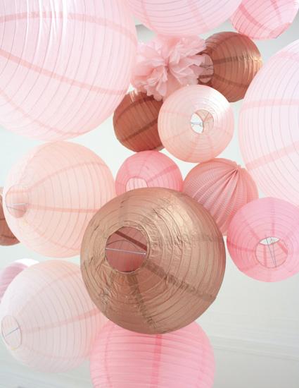 tendances décorations de mariage 2019: rose et cuivre
