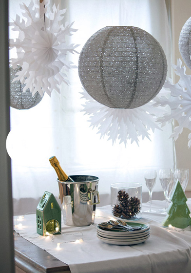 Noël blanc: décorations en papier Sous Le Lampion